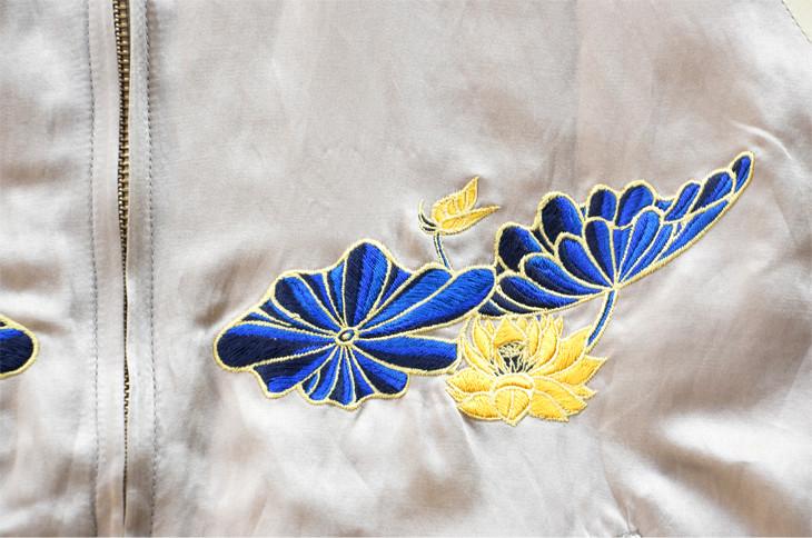 スーベニアジャケット_ベージュ 胸元刺繍