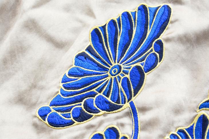 スーベニアジャケット_ベージュ ハス刺繍